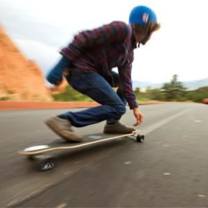 Atom+Longboards+-+Facebook-Insta+-+Action+2a